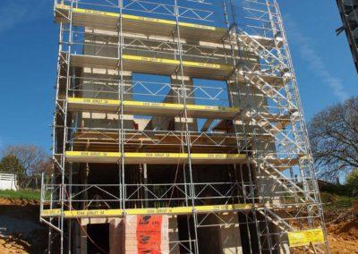 Echafaudages construction villa Treycovagne